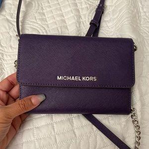 Michael Kors Jet set crossbody purple handbag